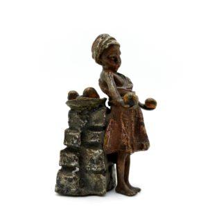 """Bronze de Vienne """"La petite vendeuse d'orange"""" fin 19ème siècle"""
