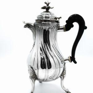 Cafetière Belge en argent 18 ème d'époque Louis XV